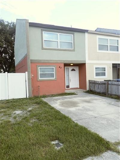Largo Townhouse For Sale: 3001 S Pines Drive