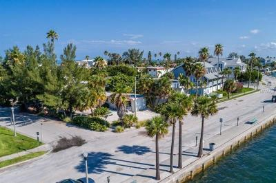 Saint Pete Beach, St Pete Beach Single Family Home For Sale: 1000 Pass A Grille Way