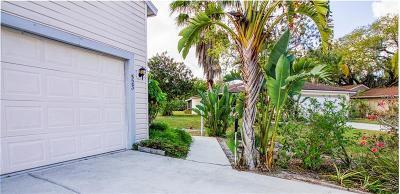Single Family Home For Sale: 523 Bearded Oaks Circle