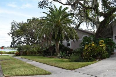 Tarpon Springs Single Family Home For Sale: 703 Waterview Lane