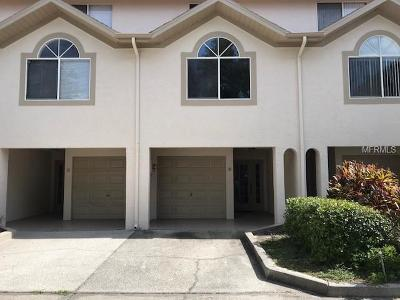 Clearwater Beach Townhouse For Sale: 301 Island Way #B