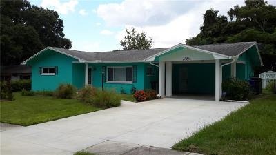 Clearwater Single Family Home For Sale: 1353 Cambridge Drive