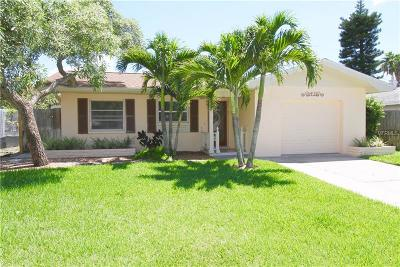 Clearwater Beach Single Family Home For Sale: 43 Kipling Plaza