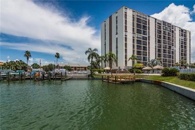 Clearwater Beach Condo For Sale: 255 Dolphin Point #408