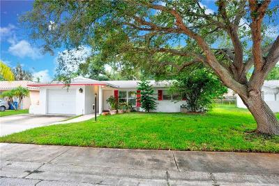 Oldsmar Single Family Home For Sale: 422 Maplewood Drive