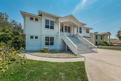 Tarpon Springs Single Family Home For Sale: 1605 Gulf Road