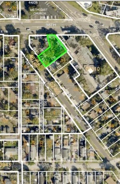 St Petersburg Single Family Home For Sale: 3721 Iris Street N