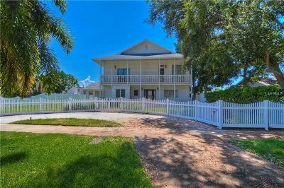 St Petersburg, Clearwater Single Family Home For Sale: 7210 1st Avenue N