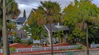 St Petersburg Single Family Home For Sale: 532 Beach Drive NE