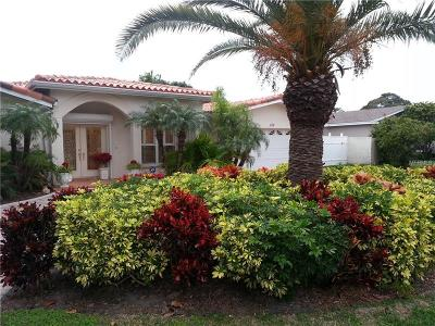 Clearwater Beach Single Family Home For Sale: 130 Windward Island