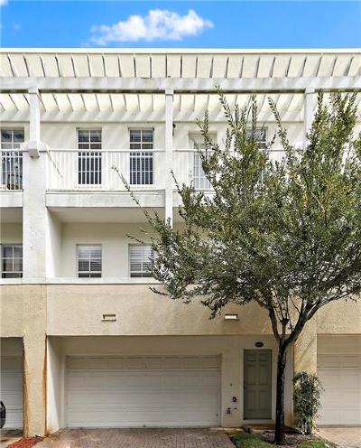 Tampa Townhouse For Sale: 4527 Bay Spring Court