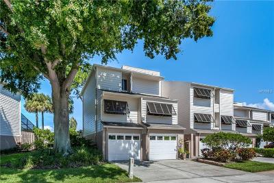 Clearwater Townhouse For Sale: 13956 Lake Point Drive