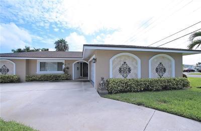 Treasure Island Single Family Home For Sale: 12105 5th St E