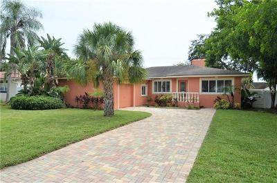 St Petersburg, Clearwater Single Family Home For Sale: 6620 Renaldo Way S