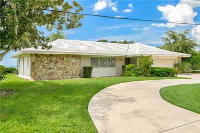 Palm Harbor Single Family Home For Sale: 110 Carlyle Drive