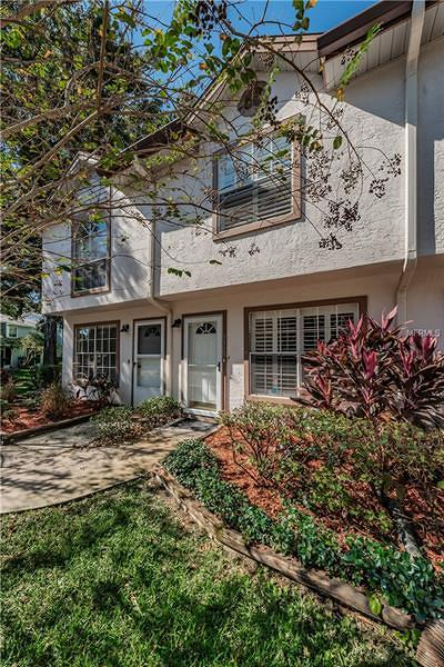 Townhouse For Sale: 3323 Fox Hunt Drive