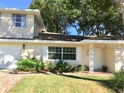 Clearwater Single Family Home For Sale: 909 Canterbury Road