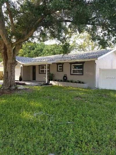Palm Harbor Single Family Home For Sale: 2329 Newton Drive