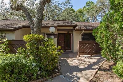 Palm Harbor Villa For Sale: 4040 Corkwood Court