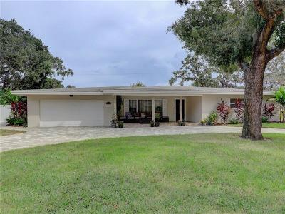 Largo Single Family Home For Sale: 307 Live Oak Lane