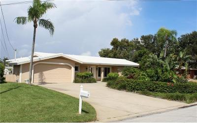 Belleair Beach Single Family Home For Sale: 421 22nd Street