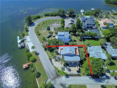 St Pete Beach Single Family Home For Sale: 3104 S Maritana Drive