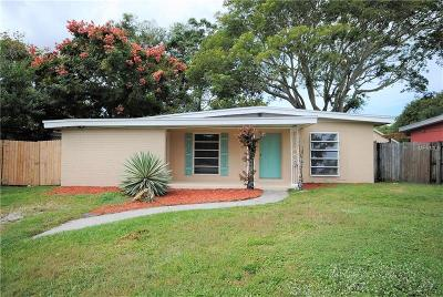Clearwater Single Family Home For Sale: 2132 Riviera Drive
