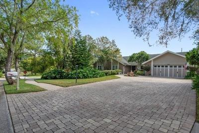 Palm Harbor Single Family Home For Sale: 1590 Chestnut Court W