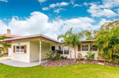 Redington Beach Single Family Home For Sale: 15812 Redington Drive