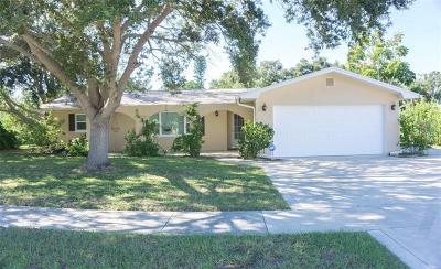 Seminole Single Family Home For Sale: 9520 Portside Drive