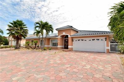 Belleair Beach Single Family Home For Sale: 2303 Bayshore Drive