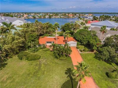 North Redington Beach Single Family Home For Sale: 230 Bath Club Boulevard S