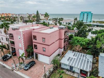 Madeira Beach Multi Family Home For Sale: 14120 N Bayshore Drive #9