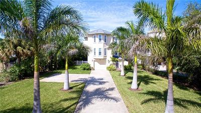 Madeira Beach Single Family Home For Sale: 410 140th Avenue E
