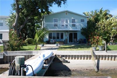 Indian Rocks Beach Single Family Home For Sale: 1903 Bay Boulevard