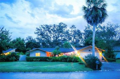 Largo Single Family Home For Sale: 839 Fountainhead Drive