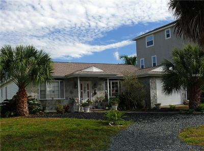 Hernando County, Hillsborough County, Pasco County, Pinellas County Single Family Home For Sale: 15606 Donzi Dr