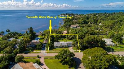 St Petersburg Single Family Home For Sale: 6354 Bahama Shores Drive S