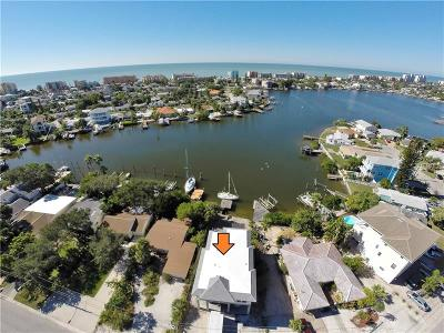 Madeira Beach Single Family Home For Sale: 14024 W Parsley Drive