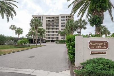 Clearwater Beach Condo For Sale: 240 Sand Key Estates Drive #217