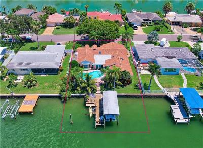 Clearwater Beach Single Family Home For Sale: 212 Leeward Island