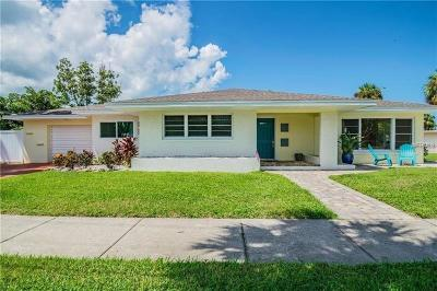 Clearwater Beach Single Family Home For Sale: 1018 Bay Esplanade