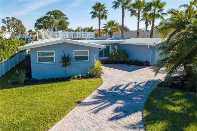Redington Beach, Redington Shores Single Family Home For Sale: 227 176th Terrace Drive E