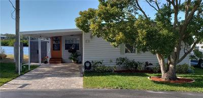 Tarpon Springs Mobile/Manufactured For Sale: 800 Chesapeake Drive #24
