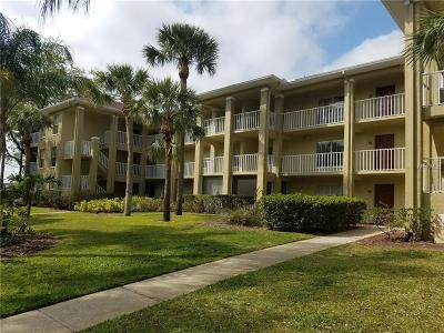 Palm Harbor Condo For Sale: 2690 Coral Landings Boulevard #533