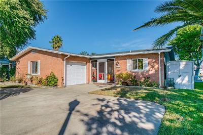 Redington Beach, Redington Shores Single Family Home For Sale: 17475 1st Street E