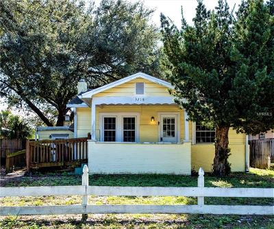 Single Family Home For Auction: 3218 W Cherokee Avenue