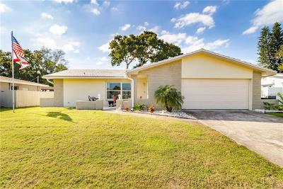 Seminole Single Family Home For Sale: 8934 Lynwood Drive
