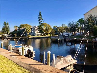 Tarpon Springs Condo For Sale: 358 Moorings Cove Dr #4B
