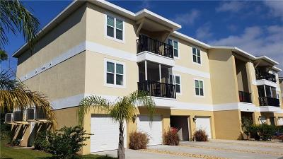 New Port Richey Condo For Sale: 5089 Royal Palms Way #201